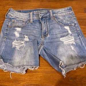 Mid rise middy American eagle jean shorts